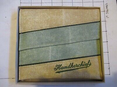 BOXED HANDKERCHIEF CASE. No.H 7620. Col.GREEN. MADE IN ENGLAND