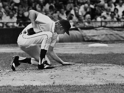 Mark Fidrych Classic Baseball Black And White 8x10 Picture Celebrity Print