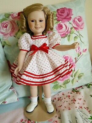 LOVELY 1987 PORCELAIN SHIRLEY TEMPLE DOLL, 14 ins. LOVELY CONDITION.