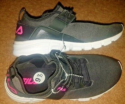 BRAND NEW! FILA Woman's Light Running Shoes Gray, Black and