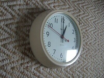 Vintage SMITHS SECTRIC Electric Wall Clock Cream Bakelite Original Working