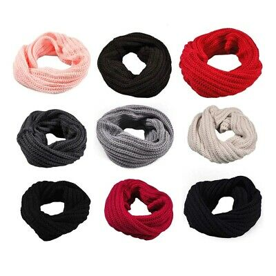 Toddler's Knitted Donut Scarf (Pink or Grey)