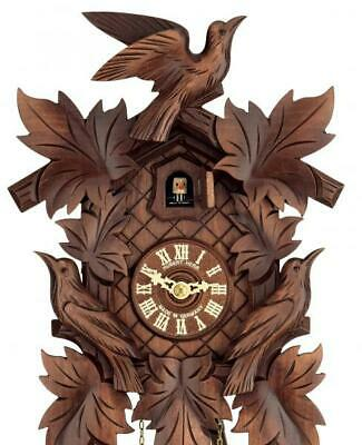Hand-carved cuckoo clock with mechanical 1-day-movement, 800