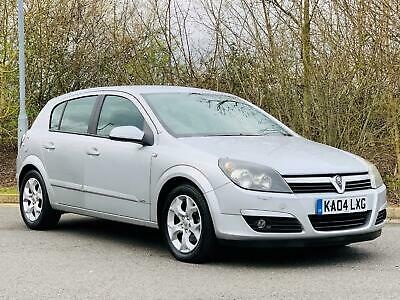 2004 Vauxhall Astra SXi, Air Con, FSH Hatchback Petrol Manual