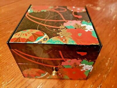 Vintage Black Acrylic Lacquered Jewelry Trinket Box Floral Mirror Drawer - China