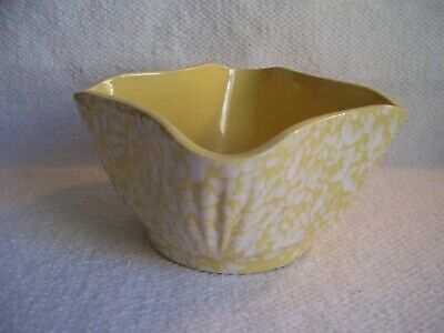 Vintage USA Pottery Planter #4001 Pale Yellow w/White Spatter & Speckle Pattern