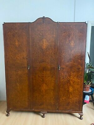 Beautiful Vintage Solid Oak 3 Door Wardrobe Armoire 1930s