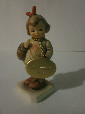 """Vintage Hummel Figurine I Brought You A Gift #479 Final Issue 4"""" Tall"""