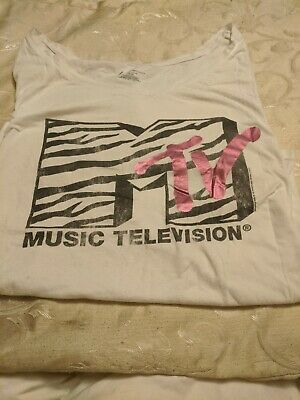 Lane Bryant Woman's Tee Size 18/20 MTV Graphics