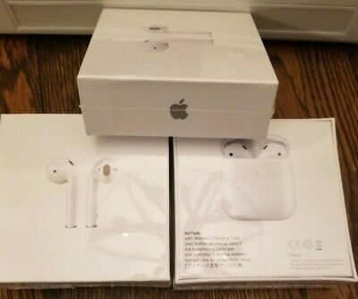 Apple AirPods / 2nd Generation with Wireless Charging Case - White