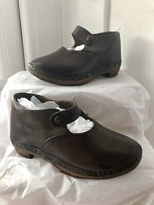 Victorian Childs Wooden Clogs Sabot Hand Made Leather Uppers Vintage Shoes 5.5/6