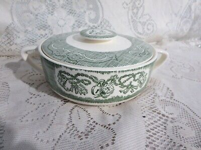 Royal The Old Curiosity Shop 1.5 Qt Round Covered Casserole Dish