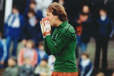 Steve Ogrizovic Hand Signed 12x8 Photo - Liverpool - Football Autograph.