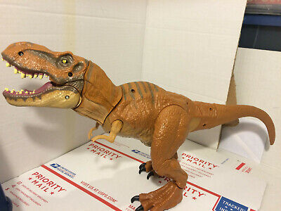 2015 Jurassic World STOMP AND STRIKE T-Rex Dinosaur Electronic Works W/ Sounds
