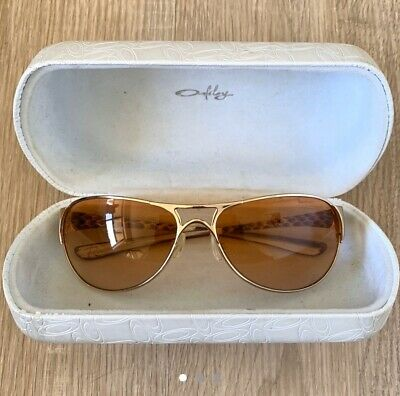 authentic oakley sunglasses with case