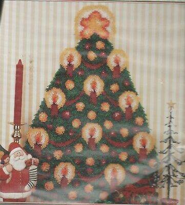 Rare Wonderart Caron Intl Large Latch Hook Rug Kit 61Cm X 86.4 Cm Christmas Tree
