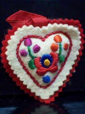 Vintage Heart Pin Cushion Flower Embroidery Red Felt Hand Sewn Handmade Floral
