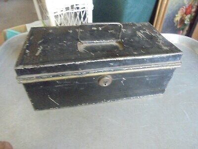 Vintage Horne & Danz Metal Cash Box