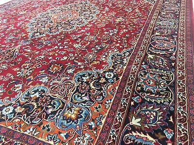 A BRILLIANT OLD HANDMADE TRADITIONAL ORIENTAL CARPET(384 x 293 cm)