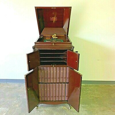 Excellent 1916 Victor Victrola XVI - H Model with Albums, Records, and Needles