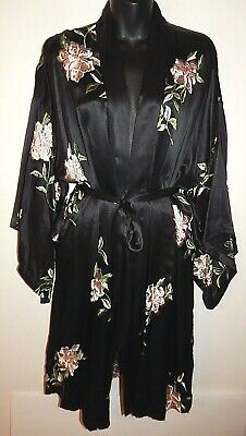 Victoria's Secret 100% Silk Kimono Black Embroidered Robe One Size New Authentic