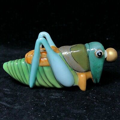 Fengshui Collectible Chinese Porcelain Handwork Grasshopper Shaped Snuff Bottle