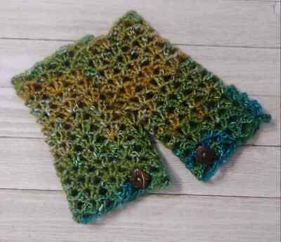 Crochet texting button gloves fingerless woman's Button Lacey prism handmade