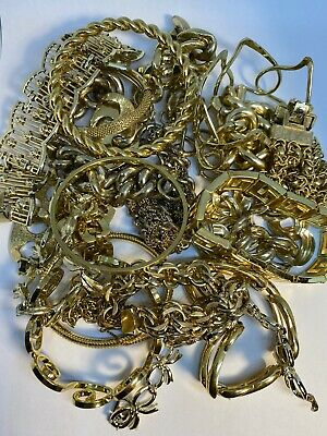 21 Vintage Costume Jewelry Bracelet Lot Collection Gold Tone Mixed Styles