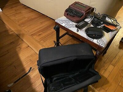 Stentura 6000  Stenograph with case,  tripod and lots of Accessories