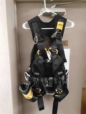 Petzl Volt LT Tower Climbing Safety Harness Size 0 Clean Condition!