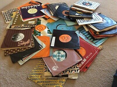 Job lot  records 80 x 70s 80s singles in good to excellent condition (C)
