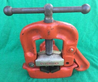 RIDGID No. 21 BENCH YOKE PIPE VISE 5/8 INCH TO 2 INCH CAPACITY MADE IN U.S.A.