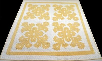 Antique 1930's Hand Stitched (10 spi) Yelllow & White Hawaiian Quilt 79x77