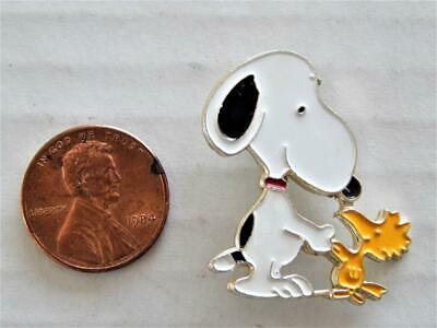 Vintage United Feature Snoopy & Woodstock Pin Back