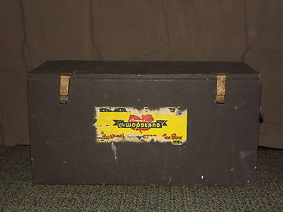 Vintage 1940-50S Poloron The Woodland   Beer Soda Picnic Cooler Ice Box Chest