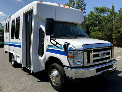Fully Reconditioned and Detailed Fiberglass Shuttle Bus Non-CDL V-8 Gas Engine