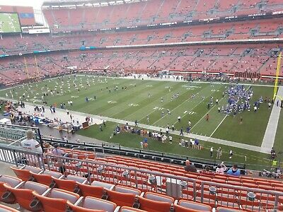2 Tickets Cleveland Browns Vs Ravens MNF            313 R18 Club level