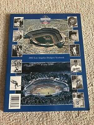 2002 Los Angeles Dodgers Yearbook (In Excellent Condition) - *Baseball*