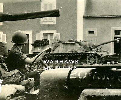 """Org. WWII Photo: US Willy's Jeep Passing KO'd German Jagdpanzer """"212""""; Normandy!"""