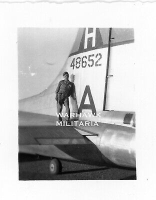 Org. WWII Photo: US B-17 Crew member Posing With Aircraft Tail, A-48652