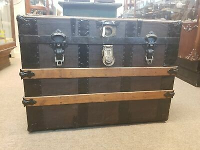 1800's FLAT TOP STEAMER TRUNK WITH TRAY AND COVERS