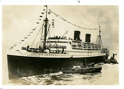 Dollar Line's PRESIDENT COOLIDGE of 1931 - sunk as troopship in 1942  (# 1)