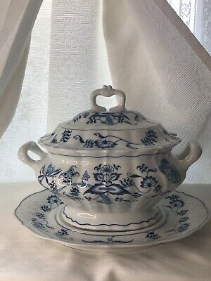 Vintage Soup Bowl Tureen With Lid And Under Plate  BLUE DANUBE  Made Japan