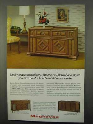 1966 Magnavox Astra-Sonic Stereo Ad - English Country