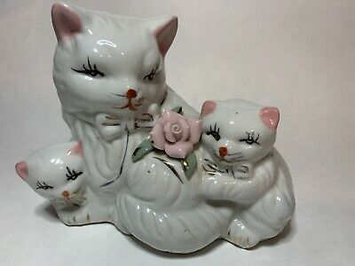 Vintage Ceramic Cat With Kittens