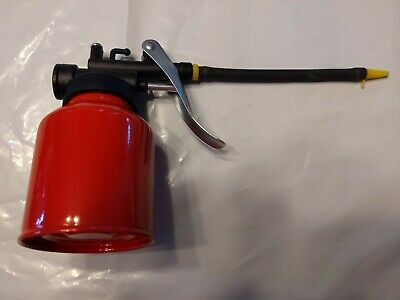 New Metal RED Oil Can Cast Body  With FLEX Spout Thumb Pump Workshop  Tool Oiler