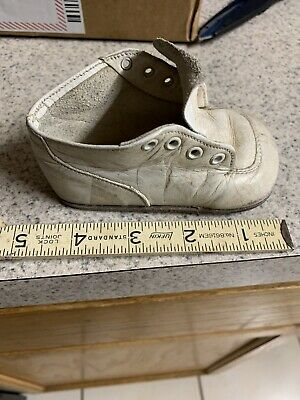 Buster Brown Vintage Shoe  One Right Shoe