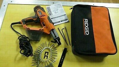 Rigid Collated Drywall & Deck Screwdriver Screw Gun in Case R6791