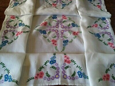 Very Pretty Vintage Hand Embroidered Table Cloth