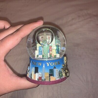 New York SnowGlobe